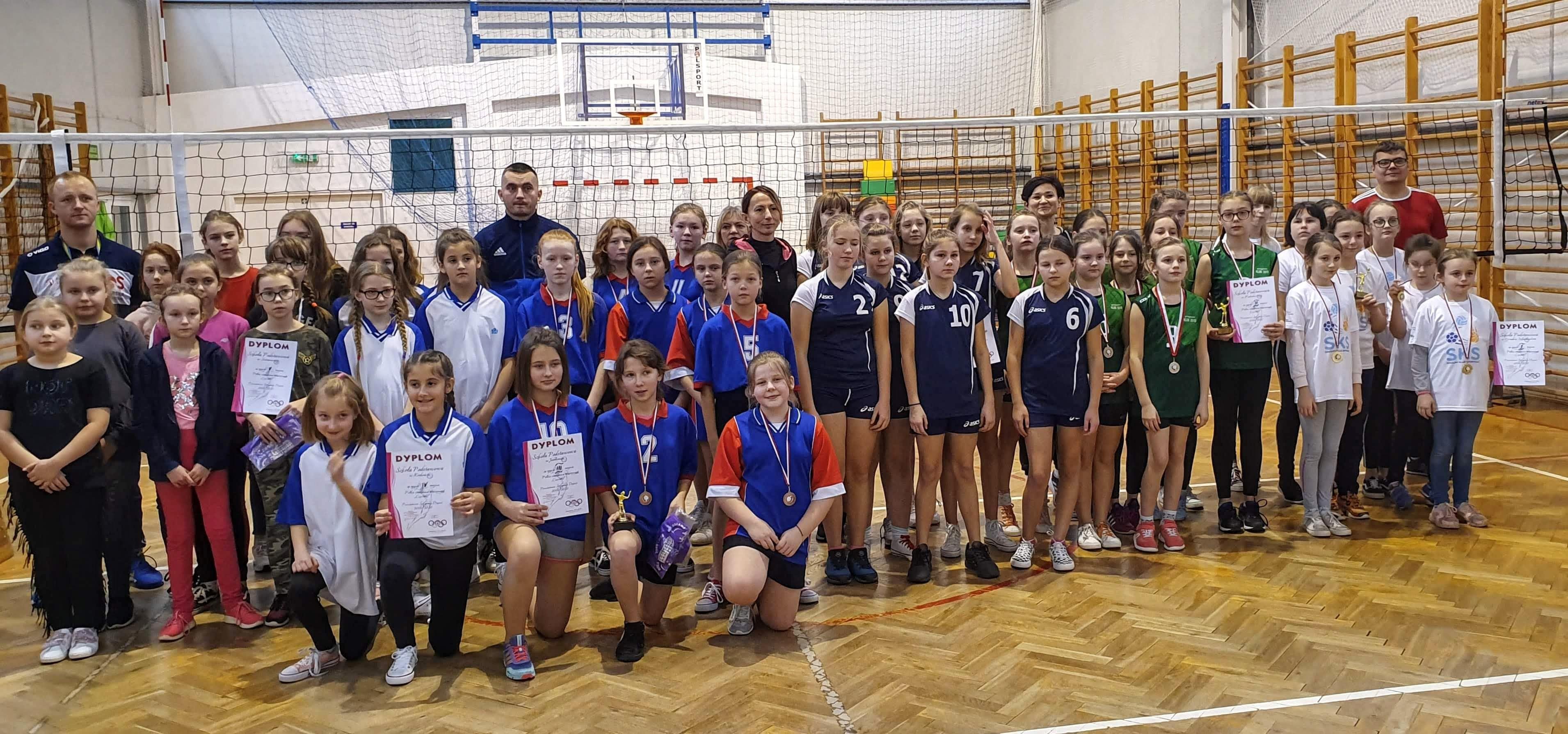 Siatkówka '4' dziewcząt – ID 2019/2020